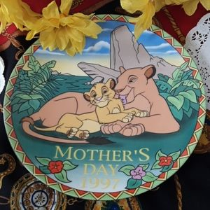 """Grolier Collectibles,Ltd. Mother's Day 1997 """"A Mo."""